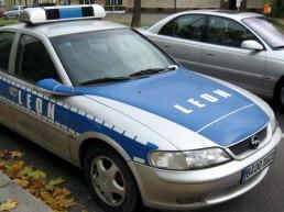 Polizeiauto für Filmaufnahmen - mit